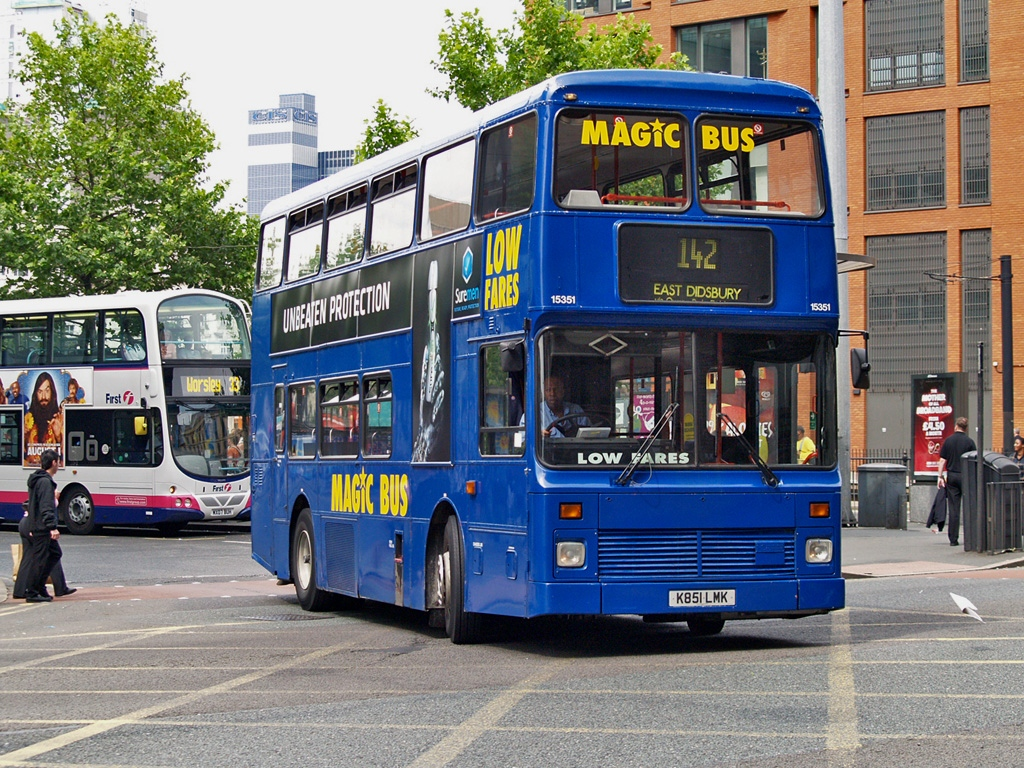#AYearOfBuses 142: Magic Bus Manchester – East Didsbury