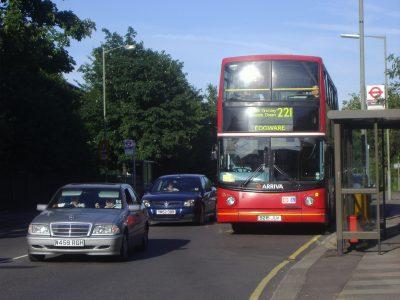 London bus 221