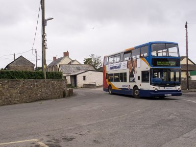 Stagecoach bus 319