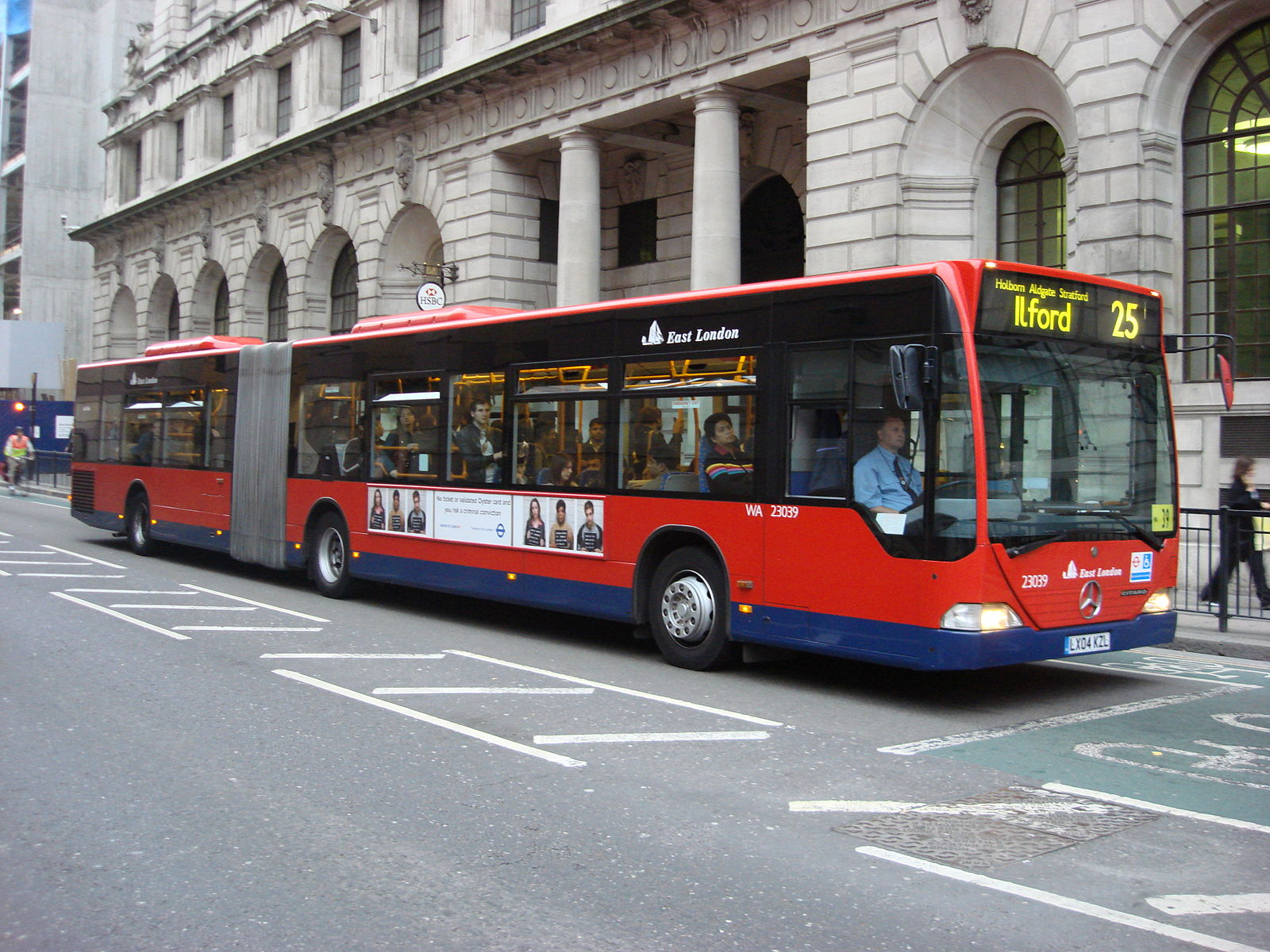#AYearOfBuses 325: Ilford – City Thameslink
