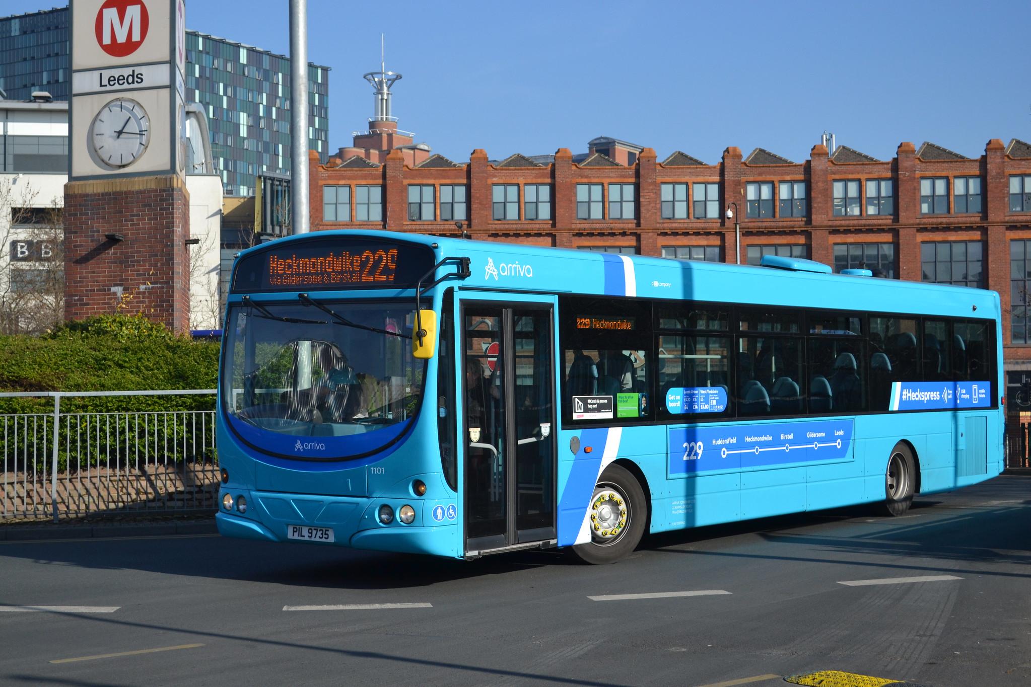 #AYearOfBuses 229: #Heckspress Huddersfield – Leeds