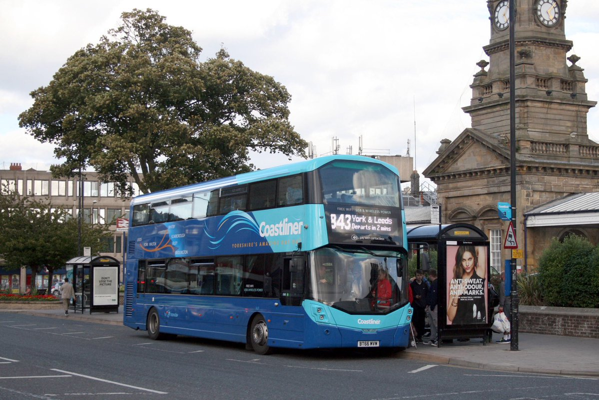 #AYearOfBuses 143: Coastliner Leeds – Scarborough