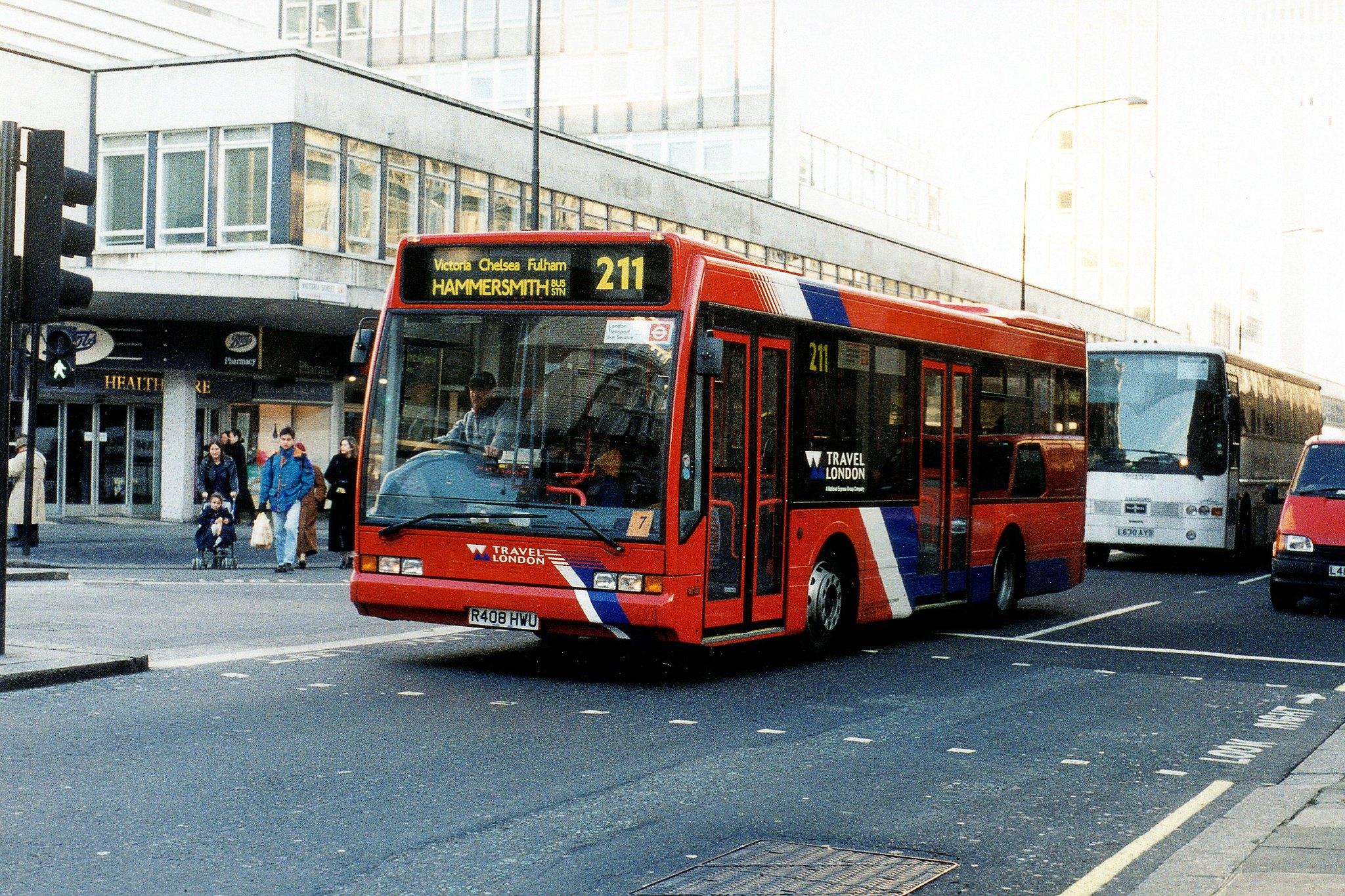 #AYearOfBuses 211: Hammersmith – Waterloo