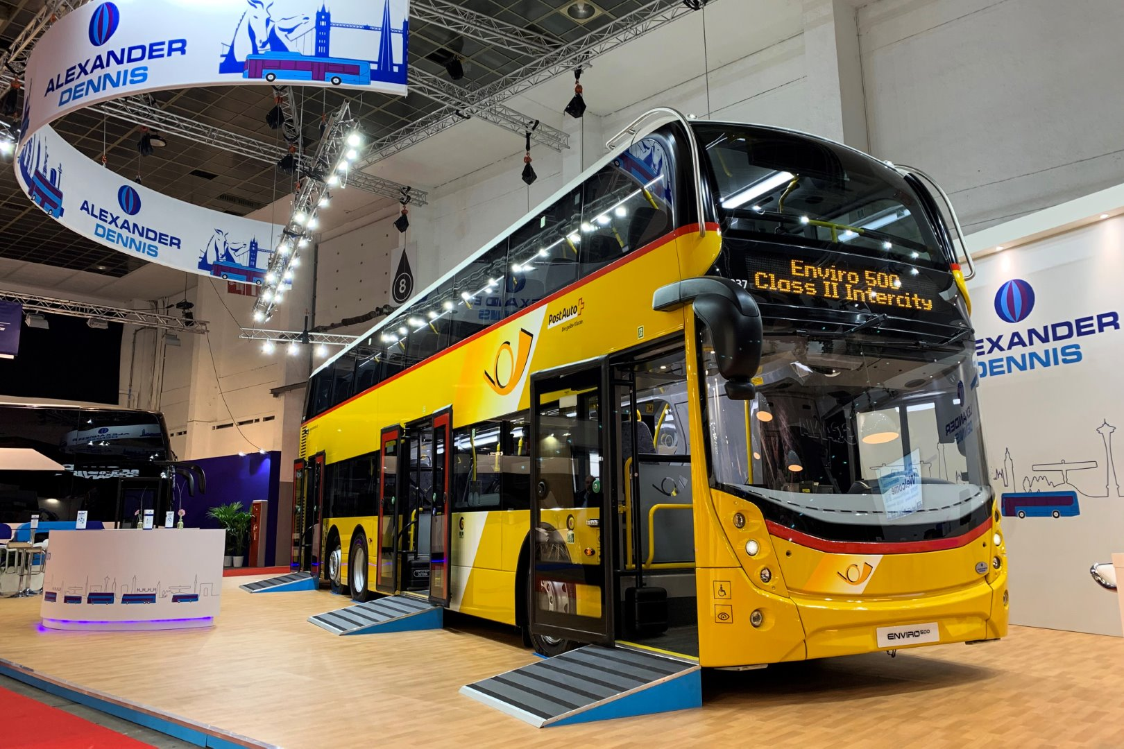ADL launches Class II interurban Enviro500