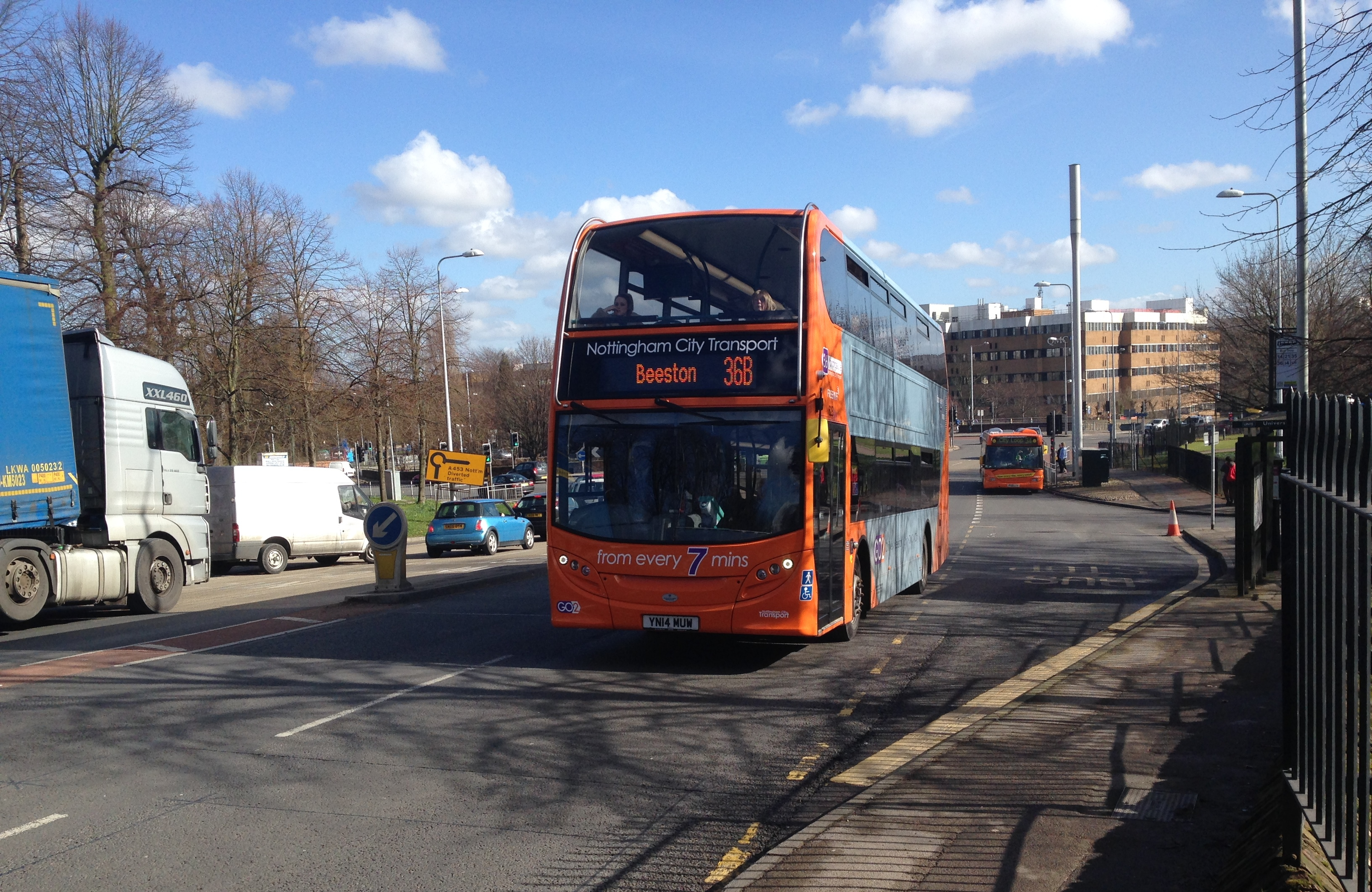 Orange Line 36-branded 628 (YN14 MUW) pulls off the QMC roundabout with a short working for Beeston
