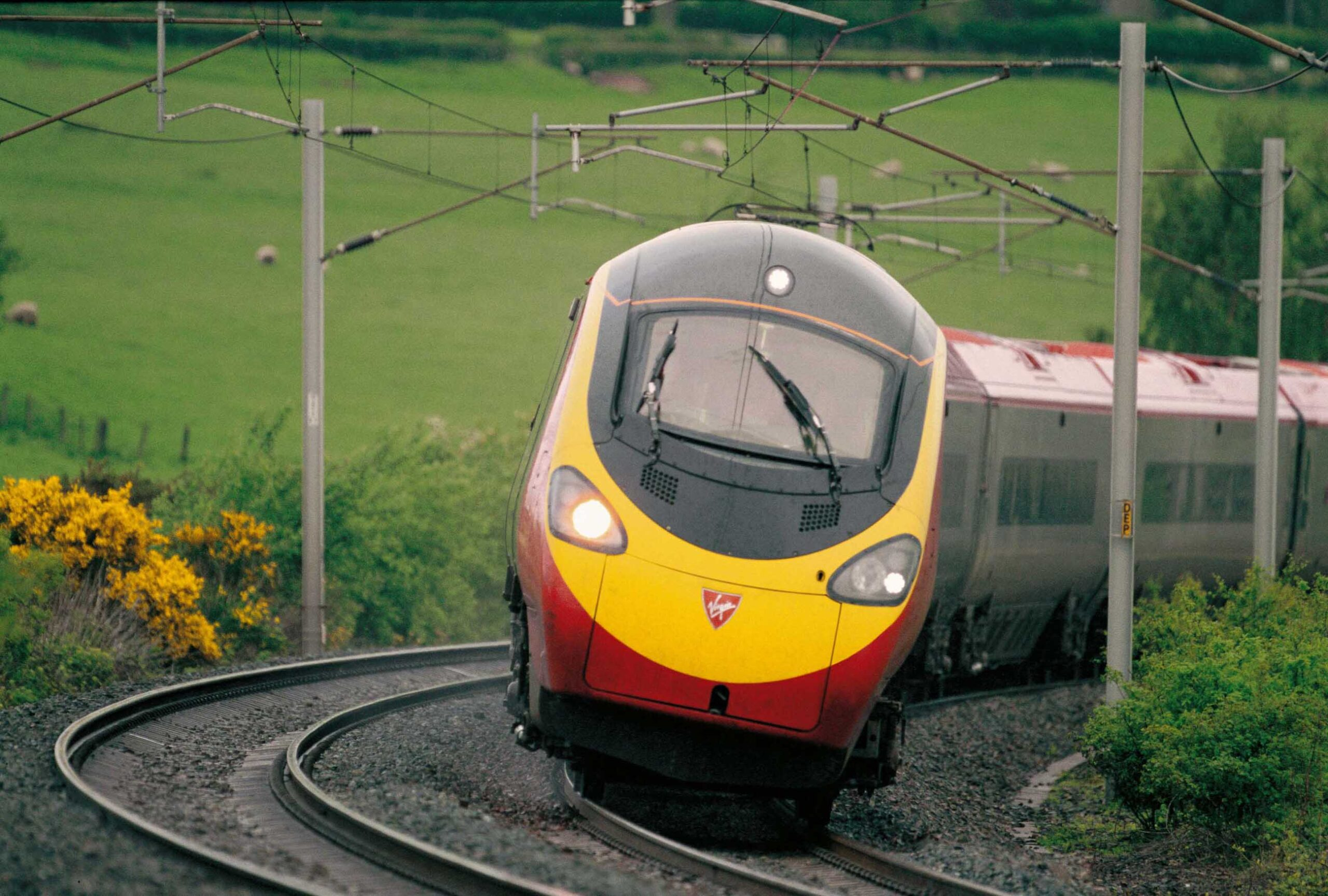 Virgin & Stagecoach join forces with SNCF for West Coast bid