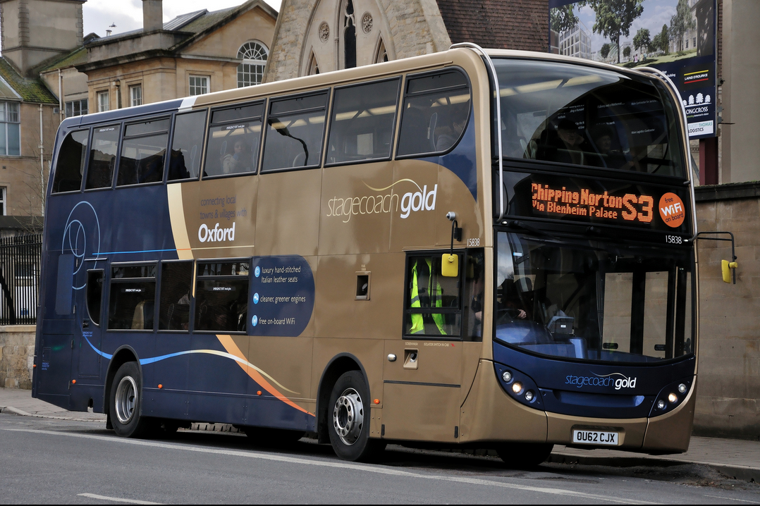 Stagecoach has introduced free wifi across many of its brands and services. A large orange sticker proudly displayed on the front of Gold 15838 tells customers all about it in Oxford. Image credit: NX4737 on Flickr.