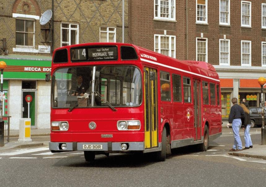 #AYearOfBuses 214: Highgate Village – Liverpool Street