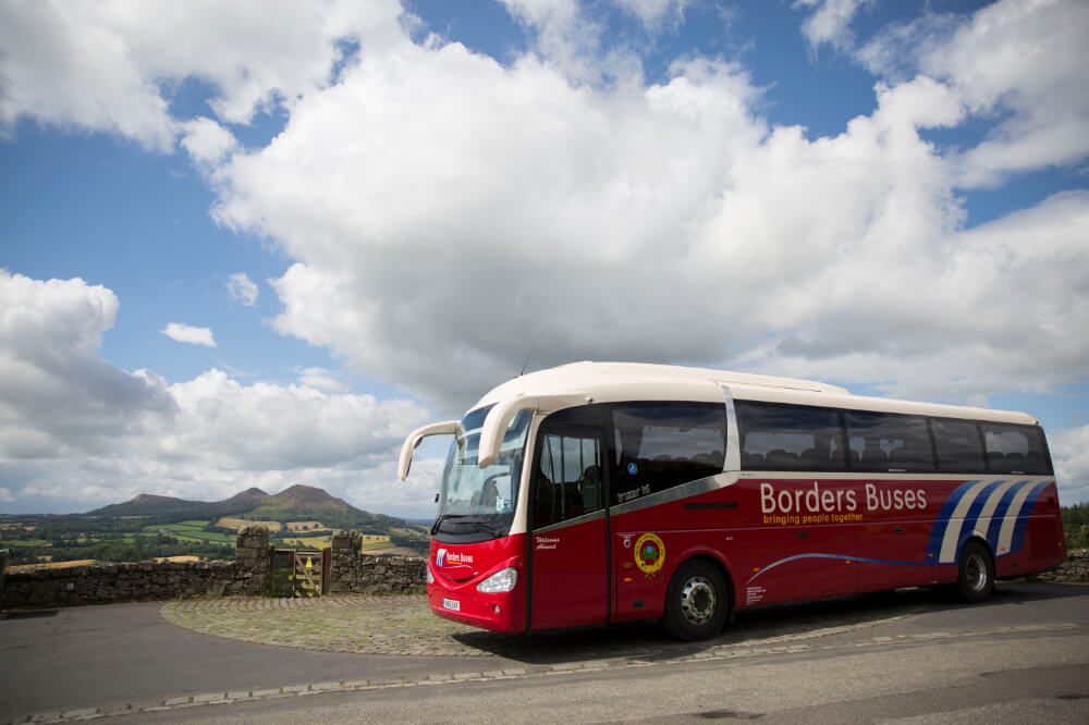 "Borders Buses make tracking their buses ""as easy as ordering pizza"""