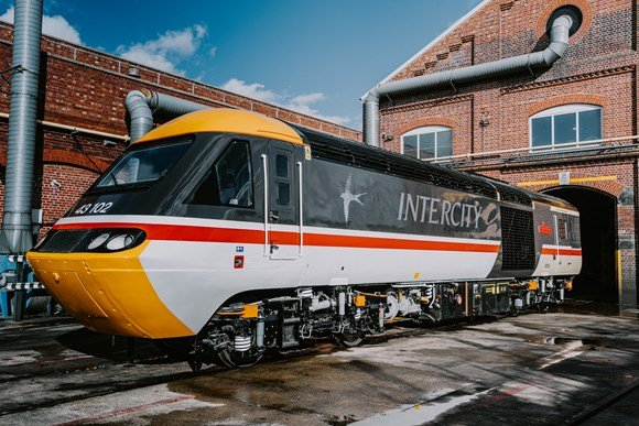 EMR and Porterbrook salute iconic HSTs with this retro repaint