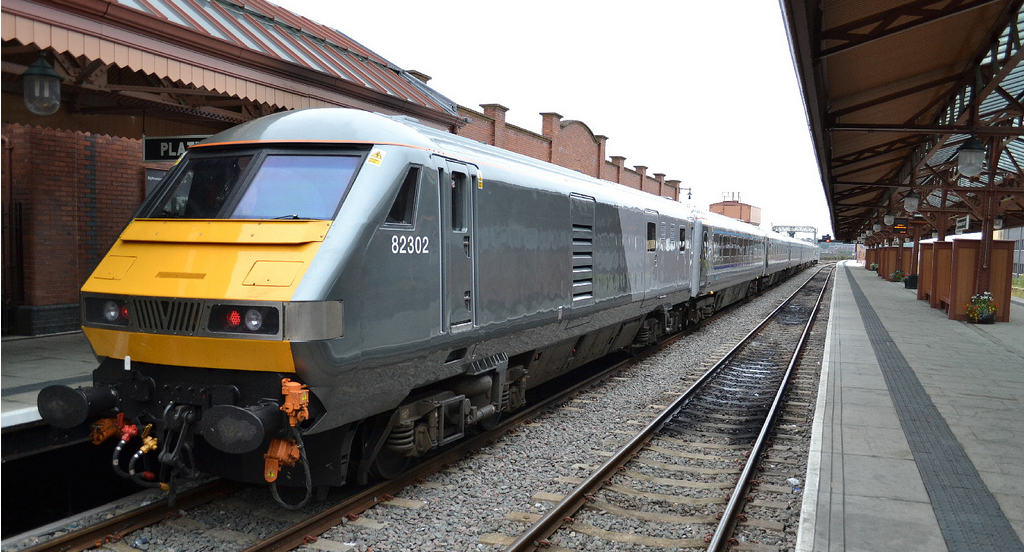 Chiltern Railways Mainline DVT 82302. Image credit: dwb photo on Flickr.